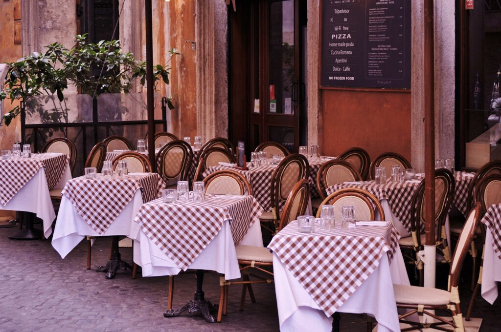 romantic restaurants paris