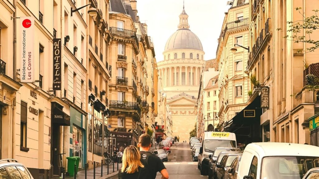 latin quarter tour paris